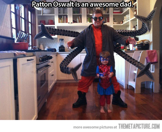 cool-Patton-Oswalt-Octopus-costumes-daughter