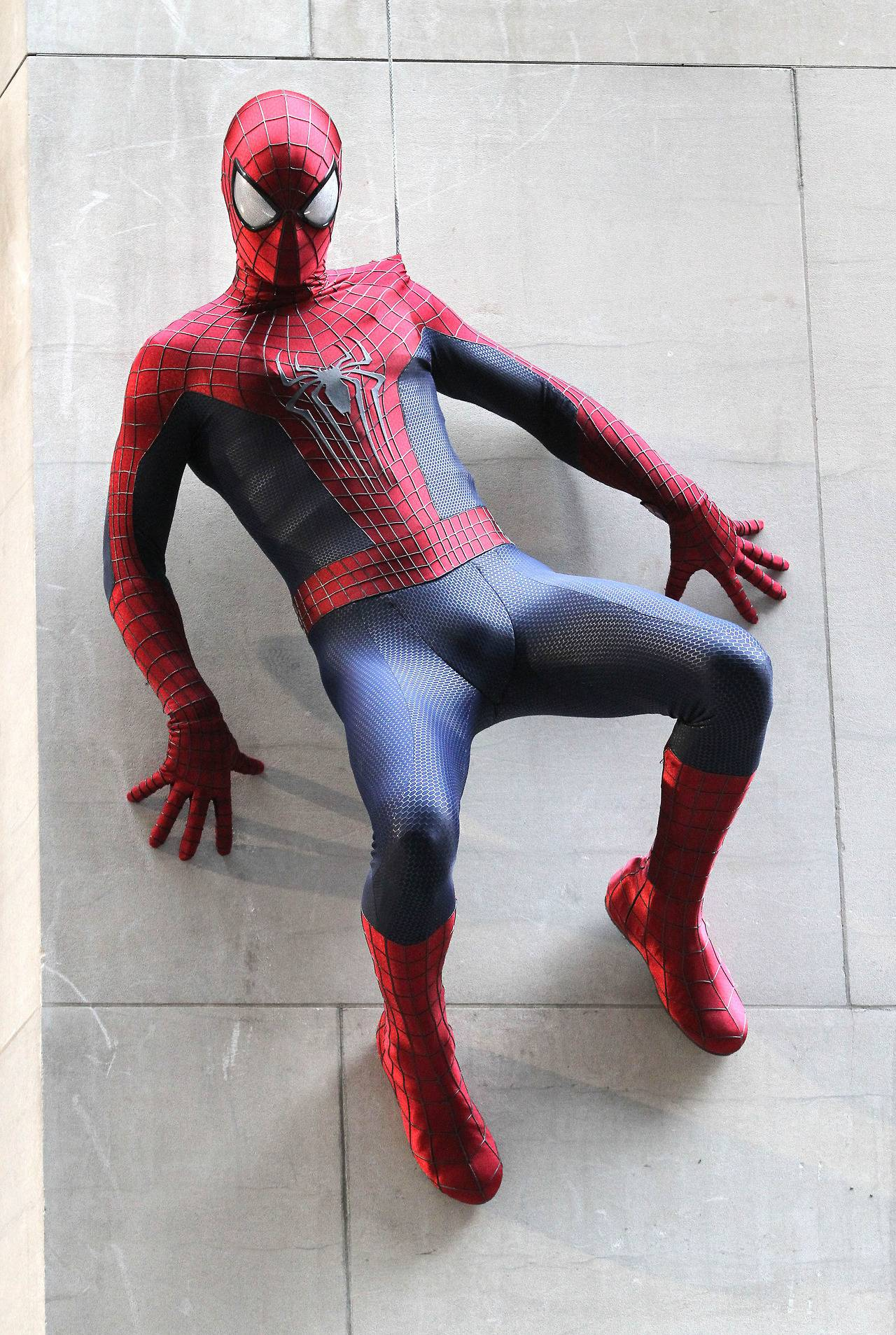More pics of the Amazing Spider-Man 2 costume – Spider Man ...
