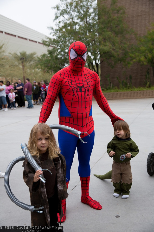 cosplay-spiderman-lizard-doctor-octopus-kids
