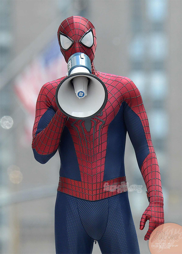 the-amazing-spider-man-2-set-photos-with-a-suited-up-rhino