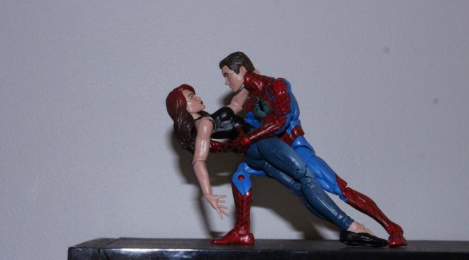 Marvel Legends: Spider-Man and Mary Jane 2 pack